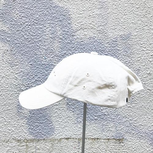 �遺��ヨ� Baggy cap / Chino