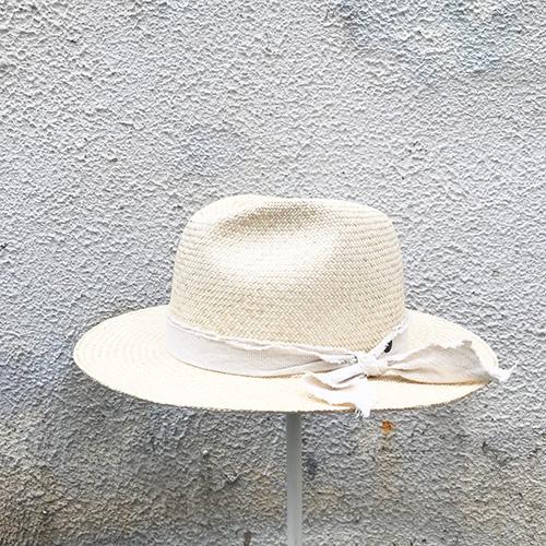 �遺��ヨ���ront pinch hat / Panama
